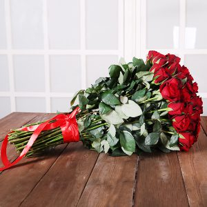دسته گل قرمز