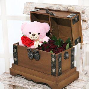 خرید گل و عروسک